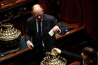 L'ex presidente del consiglio Enrico Letta depone la scheda nell'urna durante la seduta comune di deputati e senatori per l'elezione del nuovo Presidente della Repubblica, alla Camera dei Deputati, Roma, 30 gennaio 2015.<br /> Italian former premier Enrico Letta casts his ballot during a joint plenary session of senators and deputies to vote for the election of the new President, at the Lower Chamber, Rome, 30 January 2015.<br /> UPDATE IMAGES PRESS/Riccardo De Luca