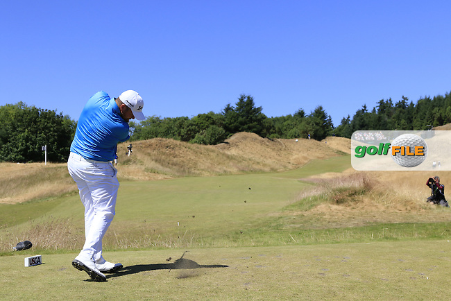 Shane LOWRY (IRL) tees off the 12th tee during Wednesday's Practice Day of the 2015 U.S. Open 115th National Championship held at Chambers Bay, Seattle, Washington, USA. 6/17/2015.<br /> Picture: Golffile | Eoin Clarke<br /> <br /> <br /> <br /> <br /> All photo usage must carry mandatory copyright credit (&copy; Golffile | Eoin Clarke)