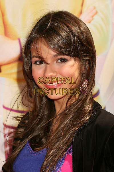 """VICTORIA JUSTICE.Los Angeles Premiere of """"Nancy Drew"""" at Grauman's Chinese Theatre, Hollywood, CA, USA, 9 June 2007..portrait headshot.CAP/ADM/BP.©Byron Purvis/AdMedia/Capital Pictures."""