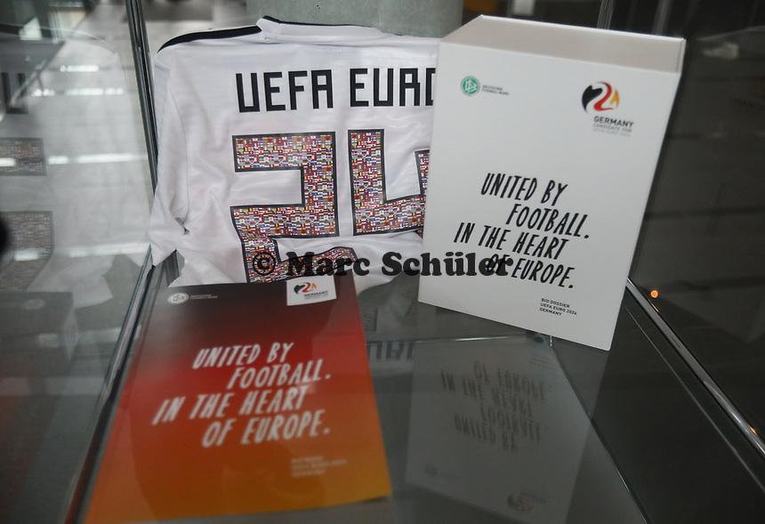 Bewerbung zur EM 2024 in der Vitrine - 15.03.2019: Pressekonferenz der Deutschen Nationalmannschaft, DFB Zentrale Frankfurt