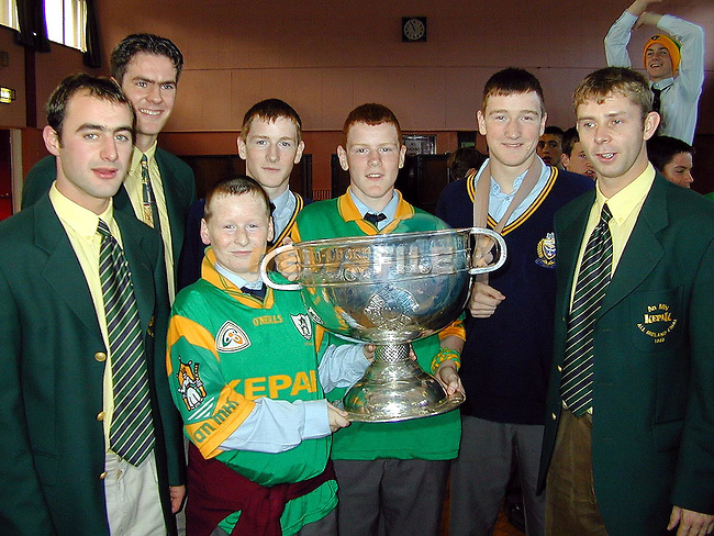 Brothers John, Brian, David and Andrew Loughlin with Meath players Paddy Reynolds, Cormac Sullivan and Cormac Murphy when the Sam Maguire visited Gormanstown College on Friday.Picture Paul Mohan Newsfile