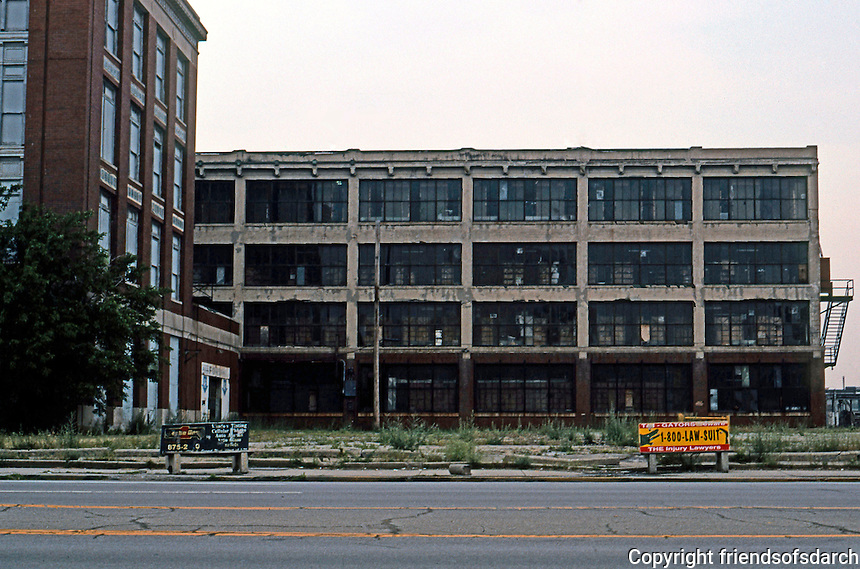 Albert Kahn: Ford offices and plant, Highland Park, Detroit. (A plaque says birthplace of Model T.)  Photo '97.