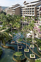 Club Med an der Sanya Bay auf der Insel Hainan, China<br />  Club Med at Sanya Bay, Hainan island, China