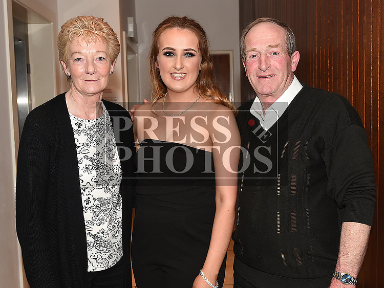 Kellie Winters celebrating her 18th birthday in Brú with grandparents Michael and Betty Winters. Photo:Colin Bell/pressphotos.ie
