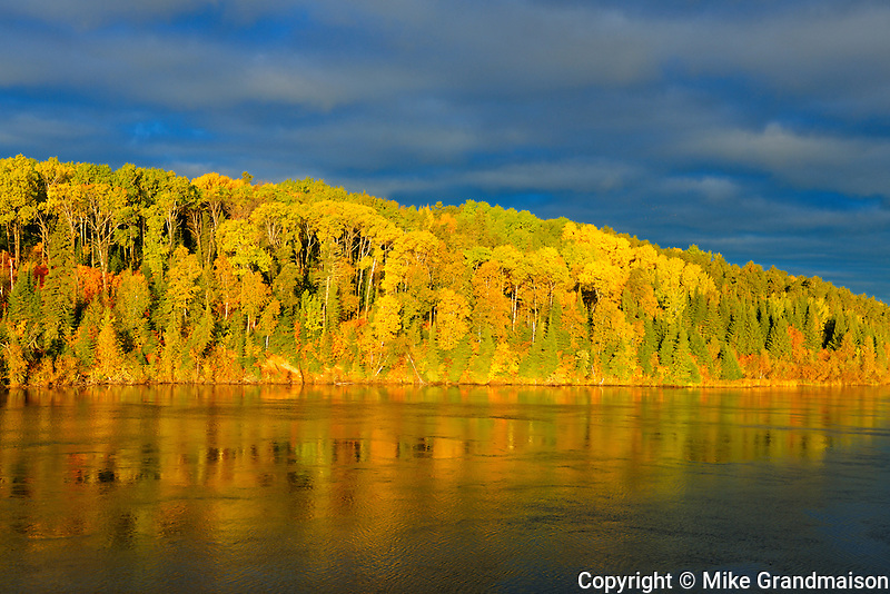 Autumn on Lac Seul<br /> Ear Falls<br /> Ontario<br /> Canada