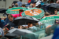 Paris, France, 01 June, 2018, Tennis, French Open, Roland Garros, Rain at Suzanne Lenglen court<br /> Photo: Henk Koster/tennisimages.com