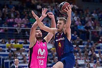 Estudiantes Goran Sutton and FC Barcelona Lassa Aleksandar Vezenkov during Liga Endesa match between Estudiantes and FC Barcelona Lassa at Wizink Center in Madrid, Spain. October 22, 2017. (ALTERPHOTOS/Borja B.Hojas) /NortePhoto.com