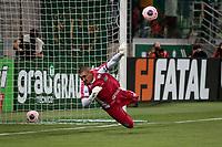 São Paulo (SP), 20/02/2020 - Palmeiras-Guarani - Jefferson Paulino defende penalti. Palmeiras e Guarani, durante partida válida pela sétima rodada do campeonato paulista 2020, no Allianz Parque, zona oeste da capital, na noite desta quinta-feira (20).