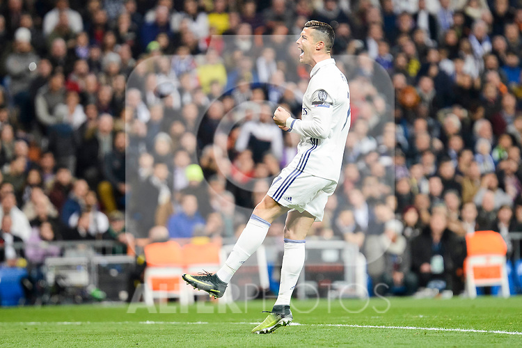 Real Madrid's Cristiano Ronaldo during the UEFA Champions League match between Real Madrid and Borussia Dortmund at Santiago Bernabeu Stadium in Madrid, Spain. December 07, 2016. (ALTERPHOTOS/BorjaB.Hojas)