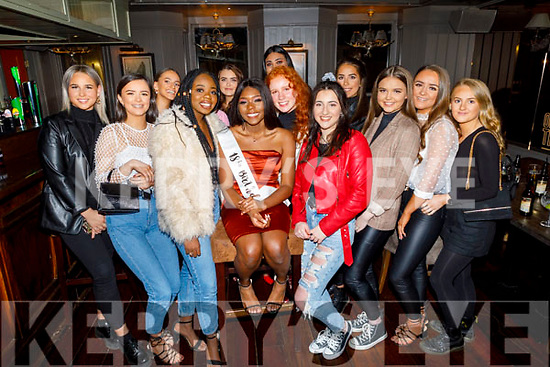 Ella Itsede from Tralee (seated centre) celebrating her 18th birthday in the Fiddler Bar on Friday.