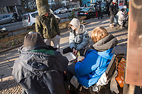 """Adidas-BVG-Turnschuh.<br /> Jugendliche warten am Montagmorgen den 15. Januar auf den Verkauf des Adidas-BVG-Turnschuh """"Sneaker EQT Support 93"""", der am Dienstag den 16. Januar 2018 ab 10.00 Uhr in Berlin in einer limitierten Auflage von 500 Stueck verkauft wird. Manche der Jugendlichen sind bereits seit Sonntagabend 21.00 Uhr vorort, andere sind ueber 600 Km aus NRW angereist um den Turnschuh, der auch als Jahreskarte der Berliner Verkehrsbetriebe gueltig ist, fuer 180,- Euro zu kaufen. <br /> 15.1.2018, Berlin<br /> Copyright: Christian-Ditsch.de<br /> [Inhaltsveraendernde Manipulation des Fotos nur nach ausdruecklicher Genehmigung des Fotografen. Vereinbarungen ueber Abtretung von Persoenlichkeitsrechten/Model Release der abgebildeten Person/Personen liegen nicht vor. NO MODEL RELEASE! Nur fuer Redaktionelle Zwecke. Don't publish without copyright Christian-Ditsch.de, Veroeffentlichung nur mit Fotografennennung, sowie gegen Honorar, MwSt. und Beleg. Konto: I N G - D i B a, IBAN DE58500105175400192269, BIC INGDDEFFXXX, Kontakt: post@christian-ditsch.de<br /> Bei der Bearbeitung der Dateiinformationen darf die Urheberkennzeichnung in den EXIF- und  IPTC-Daten nicht entfernt werden, diese sind in digitalen Medien nach §95c UrhG rechtlich geschuetzt. Der Urhebervermerk wird gemaess §13 UrhG verlangt.]"""