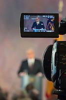 Letzte Amtsrede des scheidenden Bundespraesident Joachim Gauck am Mittwoch den 18. Januar 2017 in seinem Amtssitz Schloss Bellevue.<br /> 18.1.2017, Berlin<br /> Copyright: Christian-Ditsch.de<br /> [Inhaltsveraendernde Manipulation des Fotos nur nach ausdruecklicher Genehmigung des Fotografen. Vereinbarungen ueber Abtretung von Persoenlichkeitsrechten/Model Release der abgebildeten Person/Personen liegen nicht vor. NO MODEL RELEASE! Nur fuer Redaktionelle Zwecke. Don't publish without copyright Christian-Ditsch.de, Veroeffentlichung nur mit Fotografennennung, sowie gegen Honorar, MwSt. und Beleg. Konto: I N G - D i B a, IBAN DE58500105175400192269, BIC INGDDEFFXXX, Kontakt: post@christian-ditsch.de<br /> Bei der Bearbeitung der Dateiinformationen darf die Urheberkennzeichnung in den EXIF- und  IPTC-Daten nicht entfernt werden, diese sind in digitalen Medien nach §95c UrhG rechtlich geschuetzt. Der Urhebervermerk wird gemaess §13 UrhG verlangt.]