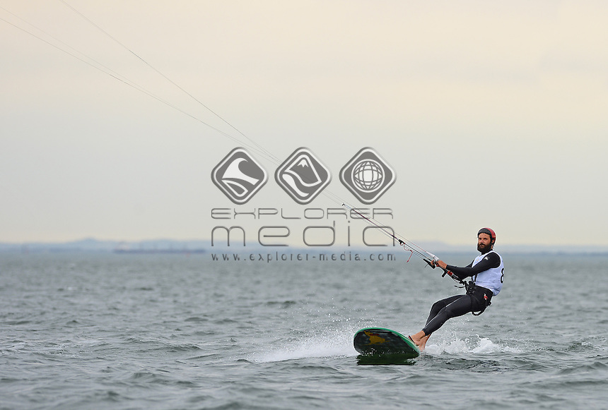 Kiteboard - M / Dale STANTON (AUS)<br /> 2013 ISAF Sailing World Cup - Melbourne<br /> Sail Melbourne - The Asia Pacific Regatta<br /> Sandringham Yacht Club, Victoria<br /> December 1st - 8th 2013<br /> &copy; Sport the library / Jeff Crow
