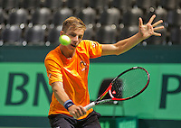 Swiss, Genève, September 14, 2015, Tennis,   Davis Cup, Swiss-Netherlands, practise Dutch team, Tallon Griekspoor <br /> Photo: Tennisimages/Henk Koster