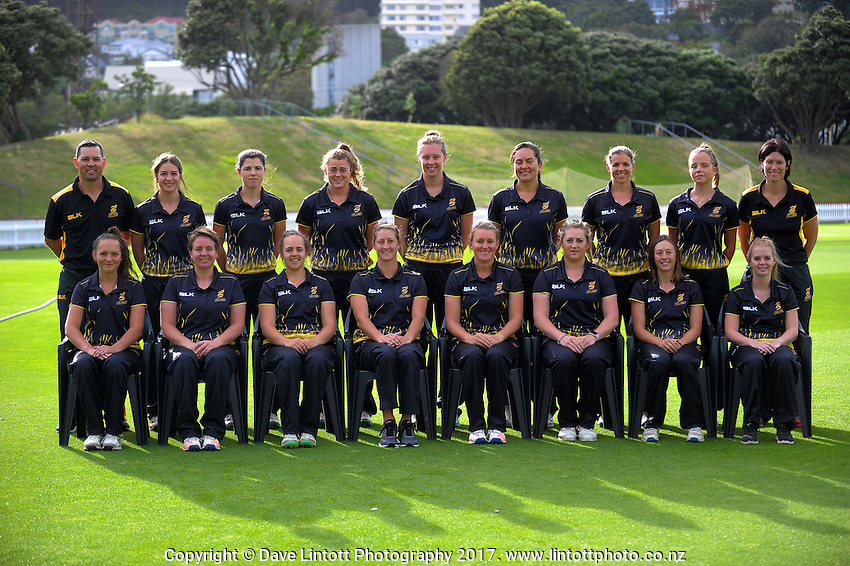 The 2017 Wellington Blaze women's cricket team photo at the Basin Reserve in Wellington, New Zealand on Sunday, 5 January 2016. Back row, from left: Matt Bell (head coach), Emma Fulbrook, Suzie McDonald, Jess McFadyen, Rosie Cockle, Allex Evans, Eimear Richardson and Anna Minot (manager);<br />
