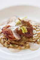 Europe/Suisse/Saanenland/Gstaad: risotto de caille aux cèpes,  recette de  Urs Gschwend, du restaurant Prado, au Grand Hôtel Bellevue,