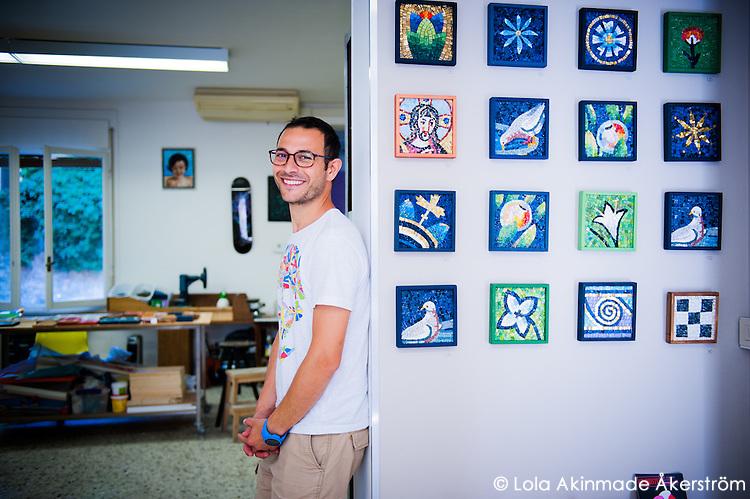 Inside the studio of Ravenna mosaic artists