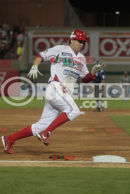 Agustin Murillo .durante  la Serie del Caribe 2013  de Beisbol,  Mexico  vs Puerto Rico,  en el estadio Sonora el 1 de febrero de 2013 en Hermosillo.....©(foto:Baldemar de los Llanos/NortePhoto)........During the game of the Caribbean series of Baseball 2013 between Mexico  vs Puerto Rico. .©(foto:Baldemar de los Llanos/NortePhoto)..http://mlb.mlb.com/mlb/events/winterleagues/league.jsp?league=cse