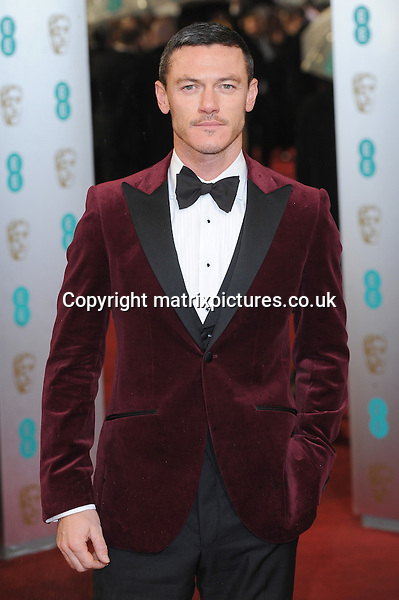 NON EXCLUSIVE PICTURE: PAUL TREADWAY / MATRIXPICTURES.CO.UK.PLEASE CREDIT ALL USES..WORLD RIGHTS..Welsh actor Luke Evans attending the 2013 EE British Academy Film Awards, at London's Royal Opera House...FEBRUARY 10th 2013..REF: PTY 13945