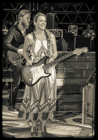 Tedeschi Trucks Band photographed at Gathering of the Vibese Park, Bridgeport, CT July 31, 2015 ©Jay Blakesberg / MediaPunch