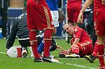 Duitsland, Gelsenkirchen, 22 september  2012.Seizoen 2012/2013.Bundesliga.Schalke 04-Bayern Munchen 0-2.Arjen Robben van Bayern Munchen ligt met pijn aan zijn been op het veld