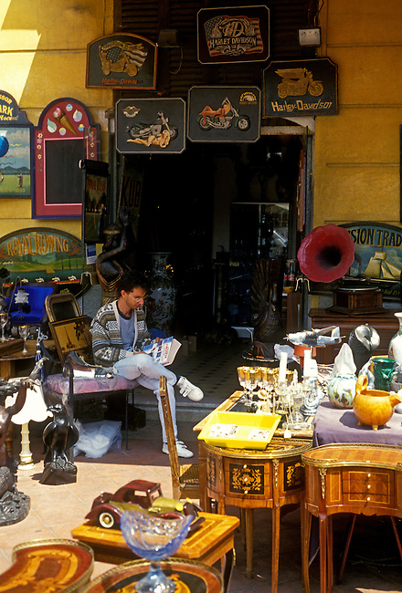 Antique vendor at Place Charles Felix, old quarter, city of Nice, Provence Alpes Cote d'Azur, France, Europe