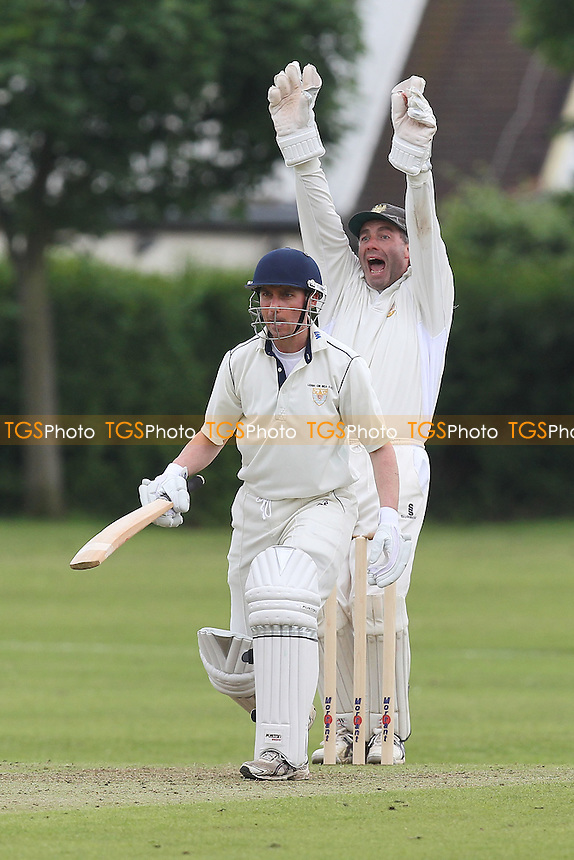 A big appeal for the wicket of Leigh batsman D Waller - Gidea Park & Romford CC vs Leigh-on-Sea CC - Essex Cricket League at Gallows Corner - 16/06/12 - MANDATORY CREDIT: Gavin Ellis/TGSPHOTO - Self billing applies where appropriate - 0845 094 6026 - contact@tgsphoto.co.uk - NO UNPAID USE.