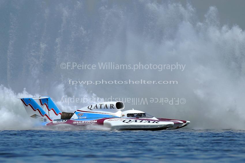 "David Villwock, U-96 ""Spirit of Qatar"" chases Steve David, U-1 ""Oh Boy! Oberto"""