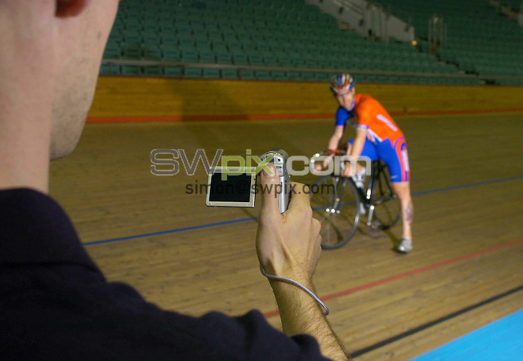 Pix: Ben Duffy/SWpix.com. Cycling. Great Britain Track Cyclist. Jamie Staff, Thirsk, 07/07/2004...COPYRIGHT PICTURE>>SIMON WILKINSON>>01943 608782>>..Jamie Staff pictured being monitored by the equiptment