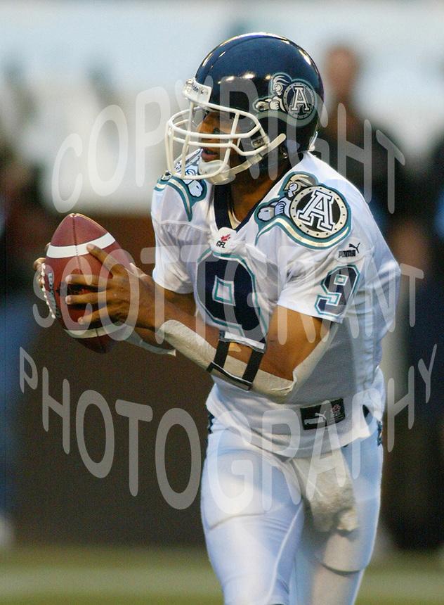 Damon Allen Toronto Argonauts Quarterback. Copyright photograph Scott Grant