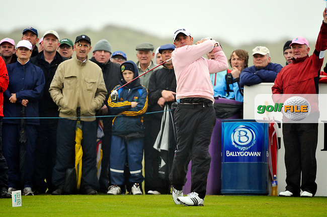 Paul McGinley tees off on the 9th his final hole during Round 2 of the 3 Irish Open on 15th May 2009 (Photo by Eoin Clarke/GOLFFILE)