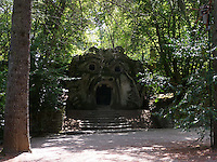 Bomarzo, Viterbo - Parco dei Mostri o Sacro Bosco, complesso monumentale realizzato nel 1547con grandi sculture di figure mitologiche del genere grotesque. L'orco<br /> Bomarzo, Viterbo - Monster Park or Sacro Bosco, a monumental complex built in 1547 with large sculptures of mythological figures such grotesque. The ogre