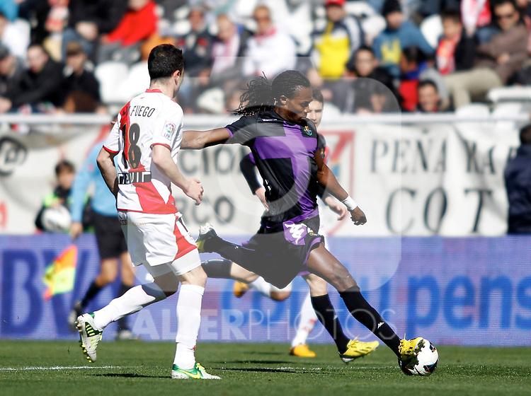 Rayo Vallecano's Javi Fuego (l) and Real Valladolid's Manucho during La Liga  match. February 24,2013.(ALTERPHOTOS/Alconada)
