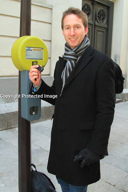 Adrien Lancelot chef de projet chez Clem - LANCEMENT DE L'AUTOPARTAGE DE VULE POUR LES PROFESSIONELS PARISIENS