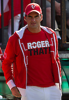 Roger Federer cheers on Stanlinas Wawrinka (SUI) in his match against Lleyton Hewitt (AUS) in the Fifth Rubber. Play was suspended due to bad light with the score at 6-4 4-6 7-6 4-6 3-5 in favour of Wawrinka...Tennis - Davis Cup - World Group - Royal Sydney Golf Club - Sydney - Day 3 - Sunday September 18th 2011..© AMN Images, Barry House, 20-22 Worple Road, London, SW19 4DH, UK..+44 208 947 0100.www.amnimages.photoshelter.com.www.advantagemedianetwork.com.