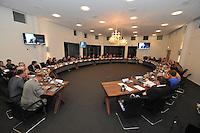 POLITIEK: JOURE: 06-01-2014, Gemeentehuis Heremastate, Raadsvergadering gemeente De Friese Meren, ©foto Martin de Jong