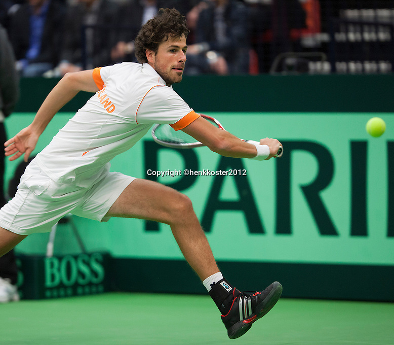 10-02-12, Netherlands,Tennis, Den Bosch, Daviscup Netherlands-Finland, Loting, Robin Haase  Juho Paukku