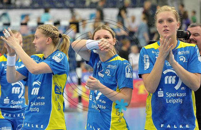 Handball Bundesliga Frauen - Playoff Finale um die deutsche Meisterschaft. Zum Hinspiel empfängt der Handballclub Leipzig (HCL) den Thüringer HC (THC). .IM BILD: Saskia Lang (HCL), Natalie Augsburg (HCL), Anne Hubinger (HCL) .Foto: Christian Nitsche