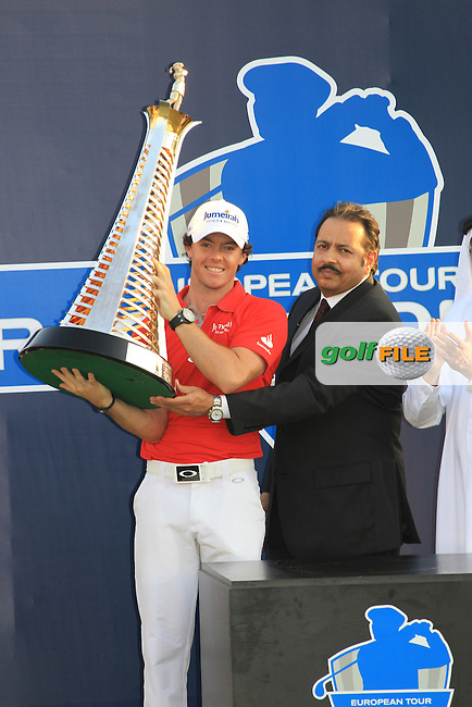World No.1 Rory McIlroy (NIR) with the Race to Dubai Trophy after winning the tournament with a score of -23 at the end of Sunday's Final Round of the season ending DP World Tour Championship 2012 held on the Earth Course at the Jumeirah Golf Estates,Dubai. 25th November 2012 (Photo Eoin Clarke/www.golffile.ie)