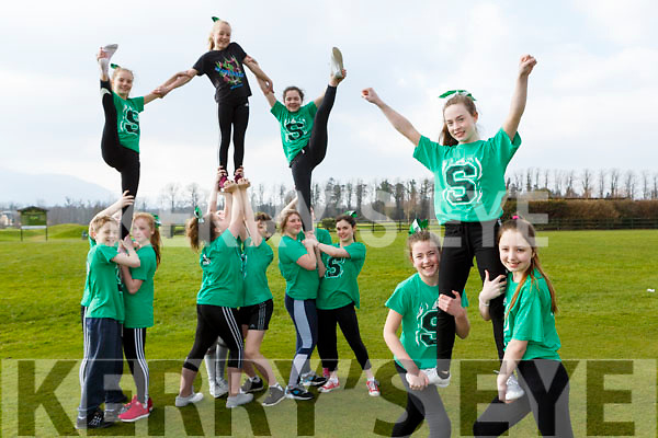 Anna Whyte, Rachel Mansfiled and Wiktoria Kowalowka and the Killarney Scorchers who are holding a Night at the Dogs on Friday 30thnMarch to help raise funds for their trip to America for the World Championships