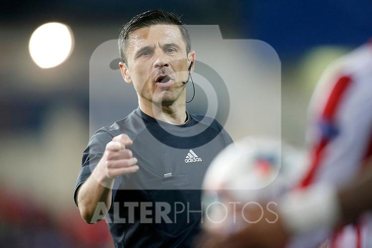 Serbian referee Milorad Mazic during Champions League 2014/2015 Quarter-finals 1st leg match.April 14,2015. (ALTERPHOTOS/Acero)