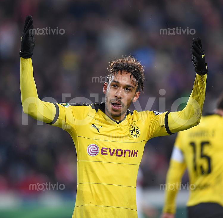FUSSBALL DFB POKAL VIERTELFINALE SAISON  2015/2016  VfB Stuttgart - Borussia Dortmund              09.02.2016 Jubel: Pierre-Emerick Aubameyang (Borussia Dortmund)