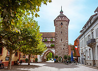 Germany, Baden-Wurttemberg, Black Forest, Zell am Harmersbach: old town with the medieval  Storchenturm (Stork Tower), part of the former town fotification today housing a museum of local history | Deutschland, Baden-Wuerttemberg, Schwarzwald, Zell am Harmersbach im Ortenaukreis: Altstadt mit dem Storchenturm, ein mittelalterlicher Torturm der ehemaligen Stadtbefestigung beherbergt heute ein Heimatmuseum