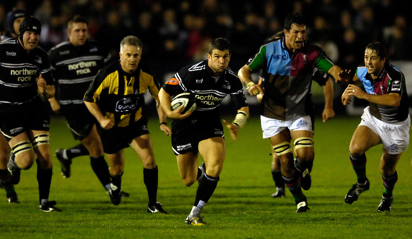 Photo: Jed Wee...Newcastle Falcons v NEC Harlequins. Guinness Premiership. 11/11/2006.....Newcastle's Tom May.