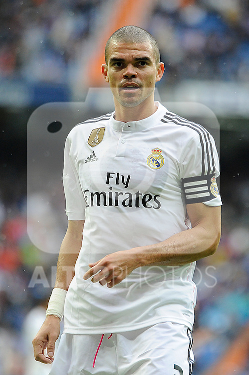 Real Madrid´s Pepe during 2014-15 La Liga match between Real Madrid and Eibar at Santiago Bernabeu stadium in Madrid, Spain. April 11, 2015. (ALTERPHOTOS/Luis Fernandez)