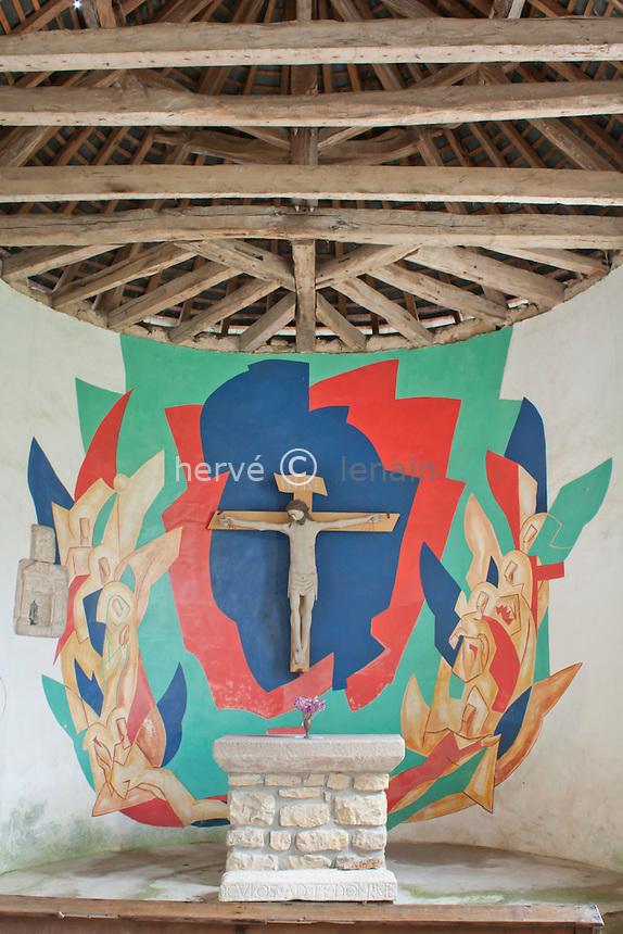 France,  Saône-et-Loire (71), Anost, hameau de Velée, chapelle Sainte-Claire et fresques  de 1967 // France,  Saône-et-Loire , Anost, hamlet of  Velée, Chapel saint-Claire and frescoes of 1967
