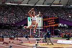 Engeland, London, 4 Augustus 2012.Olympische Spelen London.Meerkampster Johnson Thompson in actie op het onderdeel verspringen op de Olympische Spelen in Londen 2012.