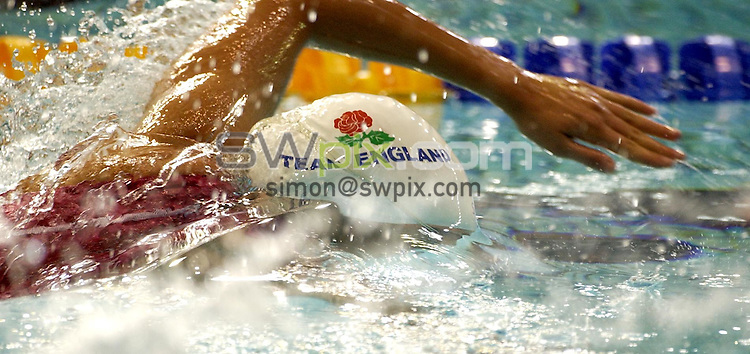 Pix:Ben Duffy/SWpix.com. Commonwealth Games. Manchester 2002.....Swimming...30/07/2002...COPYWRIGHT PICTURE>>SIMONWILKINSON>>01943 436649>>..Karen Legg pushes hard in her heat of the womens 200m freestyle