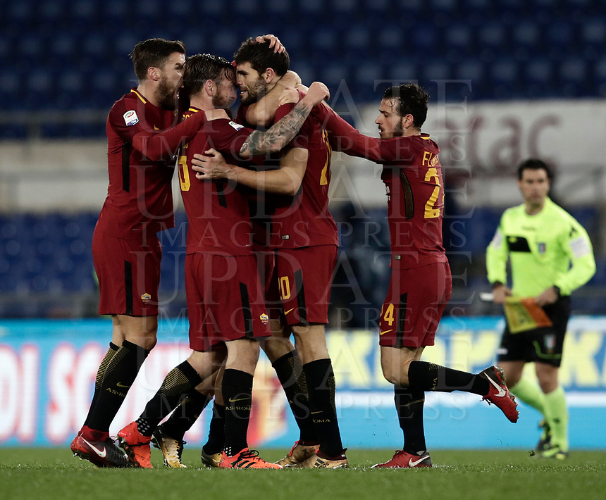 Calcio, Serie A: AS Roma vs Cagliari, Roma, stadio Olimpico, 16 dicembre 2017.<br /> Roma's Federico Fazio celebrates after scoring with his teammates during the Italian Serie A football match between AS Roma and Cagliari at Rome's Olympic stadium, December 16, 2017.<br /> UPDATE IMAGES PRESS/Isabella Bonotto