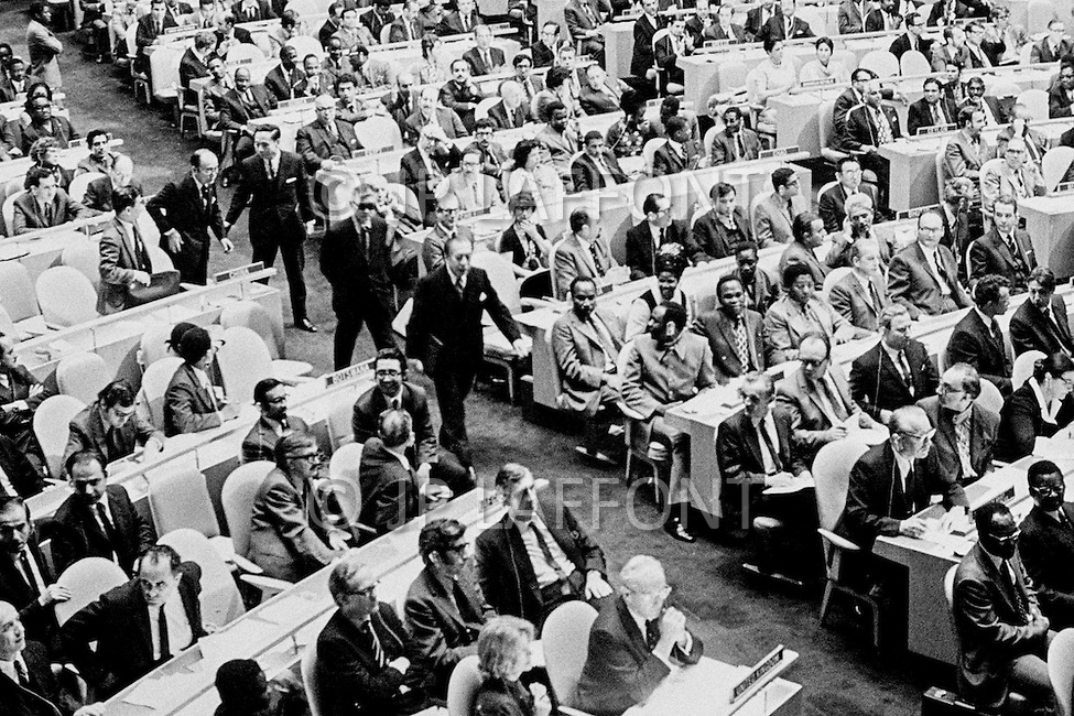25 Oct 1971 --- On October 25, 1971 the United Nations General Assembly admitted the People's Republic of China as a U.N. and permanent member of the Security Council, expelling the Republic of China (nationalist Taiwan). Delegates of the Nationalist Republic of China (or Taiwan) leave the United Nations General Assembly. --- Image by © JP Laffont
